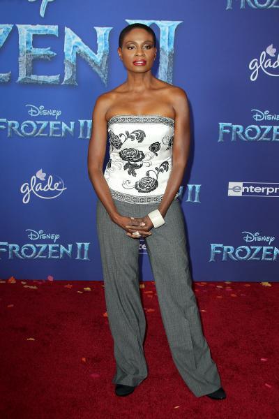 adina porter frozen ii 2019 400x600 - Selena Gomez arrives at Disney's 'Frozen II' World Premiere