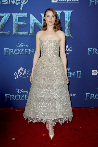 evan rachel wood frozen ii 2019 400x600 - Selena Gomez arrives at Disney's 'Frozen II' World Premiere