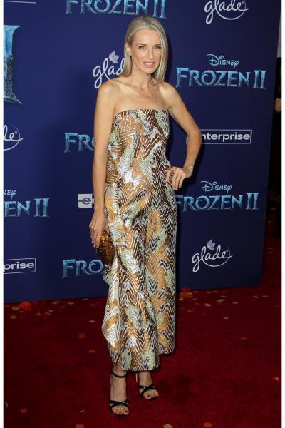 ever carradine frozen ii 2019 400x600 - Selena Gomez arrives at Disney's 'Frozen II' World Premiere