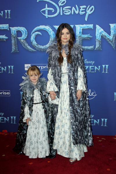 frozen ii world premiere frozen ii 2019 400x600 - Selena Gomez arrives at Disney's 'Frozen II' World Premiere