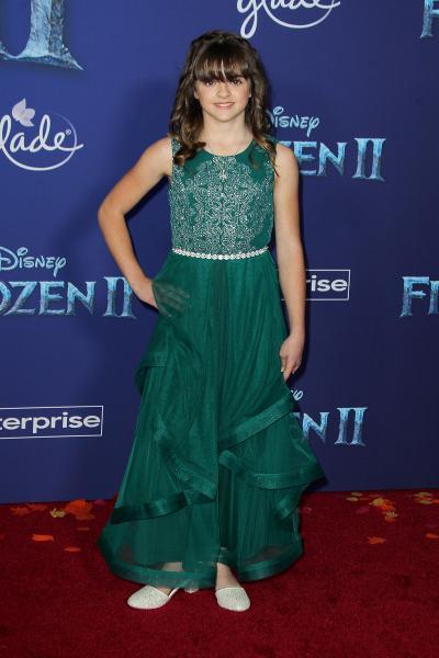 hadley gannaway frozen ii 2019 400x600 - Selena Gomez arrives at Disney's 'Frozen II' World Premiere