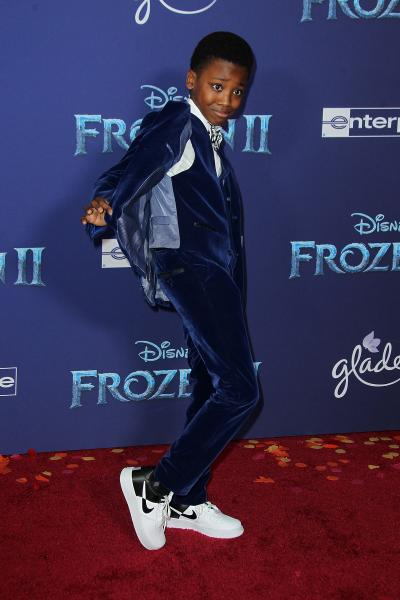 ramon reed frozen ii 2019 400x600 - Selena Gomez arrives at Disney's 'Frozen II' World Premiere